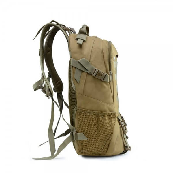 25L Outdoor Tactical Bug Out Backpack (2)